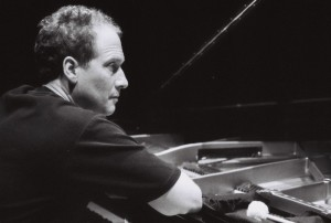 Reinhold Friedl 2 piano bw